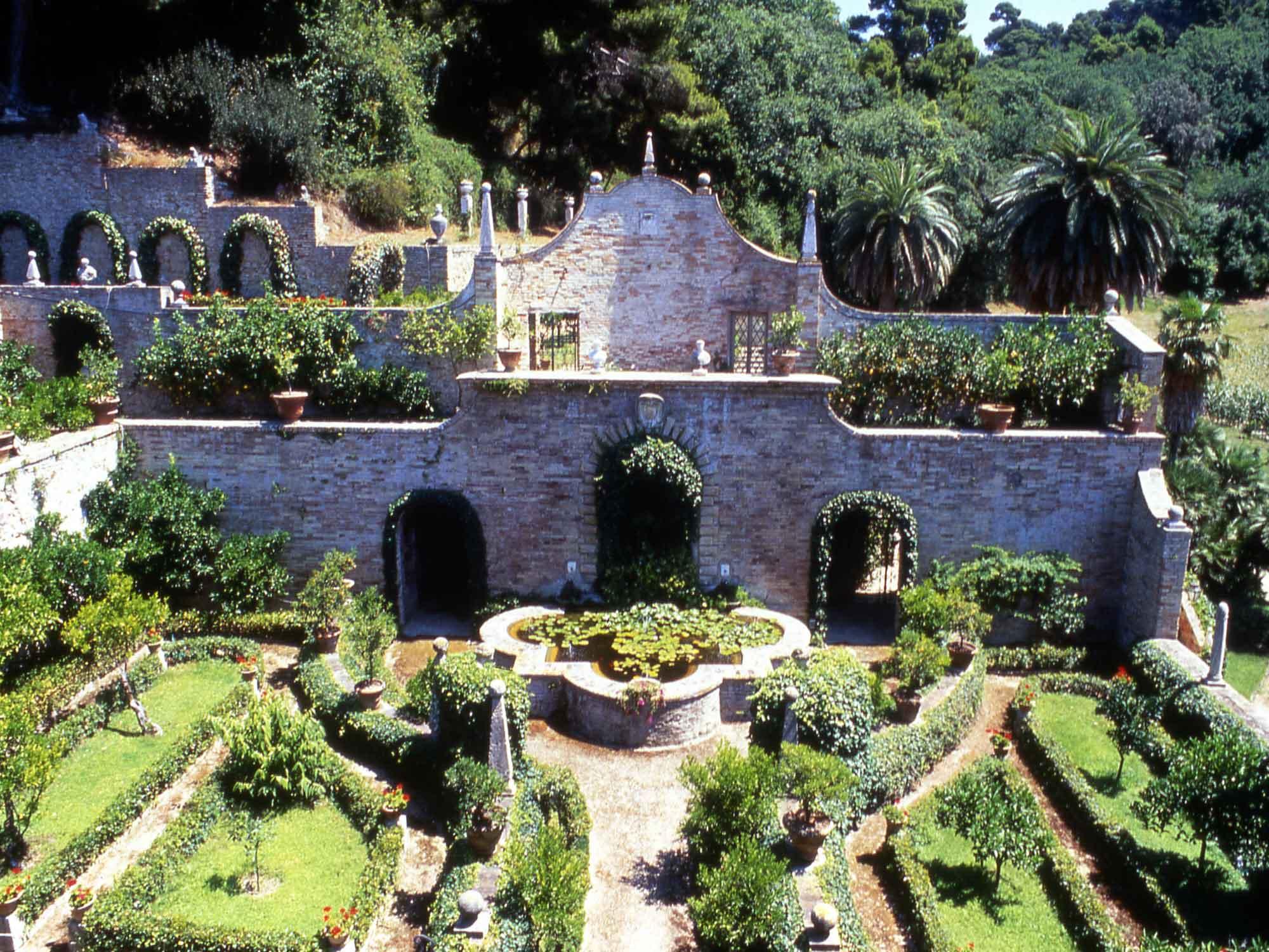 giardino-esoterico-villa-sgariglia