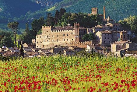 castello_pallotta_caldarola